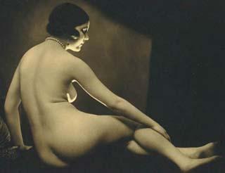 Vintage Nudes - Soft Lighting on a Female Body
